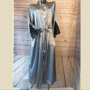 Secret Treasures Silver Full Length Robe XL